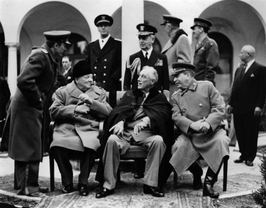 The Great Criminals - Roosevelt, Stalin, and Churchill in Yalta